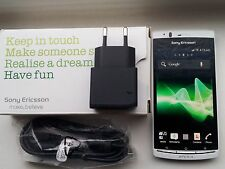 Used but in VGC Boxed Sony Ericsson Arc S White Mobile Cell Phone LT18i 3G