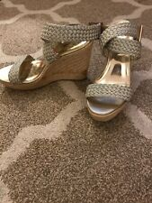 Womens Metallic Gold Mossimo Wedges, Sz 8.5, Sandals, Ankle Strap