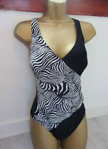SEXY  BLACK  WHITE   WRAP  FRONT   CONTROL  - PRINT   SWIMSUIT -SIZE  14  NEW