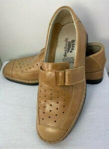 Spring Step Womens Handmade Beige Loafers Slip On Size US 9  EU 40  EUC
