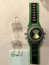 Ben 10 Ultimate Omnitrix Watch Lights Sounds w/ 2 Crystal Alien Figures Bandai