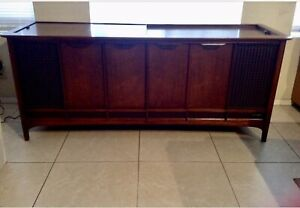 Mid Century Magnavox Stereo Console / Credenza - Local Pick Up Only