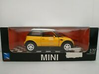 2002 NEW BMW MINI COOPER COCHE DE METAL A ESCALA SCALE DIECAST