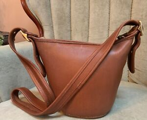 VTG MAGGIE COACH 9019 COGNAC TAN LEATHER DUFFLE BUCKLE CROSSBODY BAG PURSE