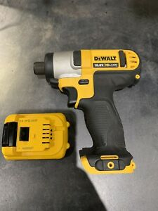 Dewalt DCF815 10.8v Impact Driver. With 2ah Battery