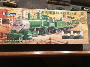 2006 Athearn John Deere Ho Scale Train Set