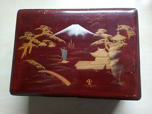 Vintage Japanese Red Lacquered Jewellery Box