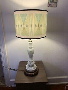Vtg Mid Century Modern MCM   Glass Table Lamp Light