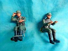 2 soldats de plomb  assis conducteurs allemands WW2 Britains - 54mm