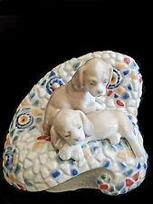 """Lladro Dogs """"In Barcelona� Figurine #6663 Pristine Condition. Very Rare"""