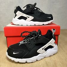 Nike Huarache Run SE Running Shoes Black White size 10c
