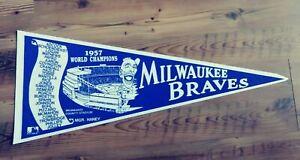 Vintage 1957 MILWAUKEE BRAVES Baseball Pennant 1980's Reproduction HANK AARON