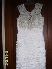 BEAUTIFUL WOMENS SHORT IVORY BEADED WEDDING DRESS SIZE 12, RETAILS FOR $529.00