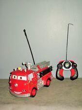 Disney-Pixar-Radio Commande- Cars Camion Pompier Sonore/sirène/Gyrophare - 29 cm