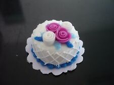 White Round Cake Rose Top Dollhouse Miniatures Food Bakery Valentine Day -14