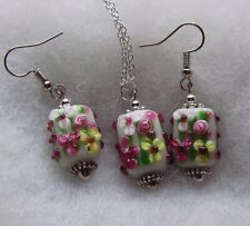 FLORAL LAMPWORK GLASS PENDANT AND EARRING SET