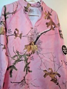 NEW W/ TAGS WOMEN'S REALTREE SMALL 4-6 PINK CAMO SHIRT W/ ZIPPER LONG SLEEVES