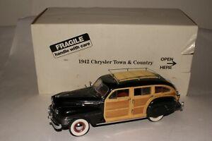 DANBURY MINT 1942 CHRYSLER TOWN & COUNTRY SEDAN, NICE, ORIGINAL, BOXED