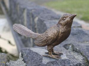 Bronzefigur Vogel mit geschlossene Flügel Dekoration für Haus und Garten