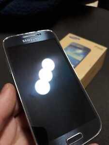 Samsung Galaxy S4 Mini Gt-i9192 Dual SIM 8gb GSM Unlocked Android- Broken Screen