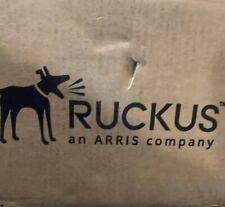 Ruckus ICX7850-48F-E2 48x 1/10/25GbE SFP28 and 8x 40/100 QSFP28 ports, Dual AC