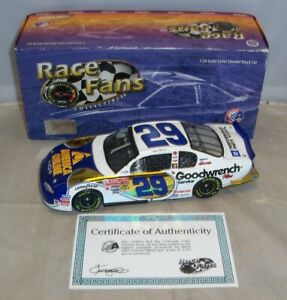 1:24 ACTION QVC RFO 2001 #29 GM GOODWRENCH AOL KEVIN HARVICK COLOR CHROME MIB