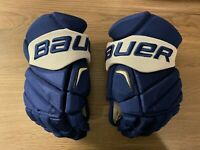 Toronto Maple Leafs Bauer Pro Stock Hockey Gloves Vapor APX 2 Pro 14 in