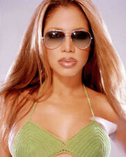 Toni Braxton UNSIGNED photo - M2719 - American singer & songwriter - NEW IMAGE!!