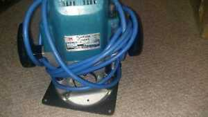 Makita Router 3612BR (Extra bits)