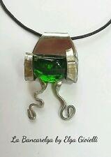 Ciondolo collana gioiello con pietra verde da una forchetta. Green necklace fork