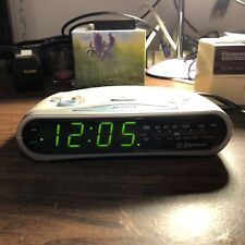 Emerson Am/Fm Numérique LED Horloge Radio Modèle CK5038