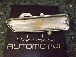 89-94 OEM Nissan Maxima front passenger turn signal light lamp assembly 3234 FR