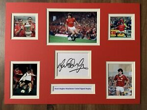 """Manchester United Mark Hughes Signed 16"""" X 12"""" Double Mounted Display"""