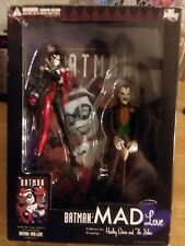 DC DIRECT MAD LOVE  HARLEY QUINN AND JOKER COLLECTORS EDITION BOX SET