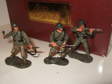 Britains 17590 X3 WW2 German Infantry Figures in Action in 1:30 Scale