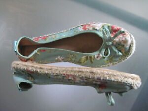 Sea Green Floral Canvas Slip-on with Man-made Sole New 8M