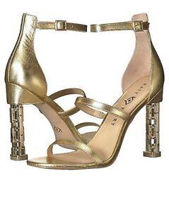 Katy Perry Women's The VILAN Heeled Sandal,