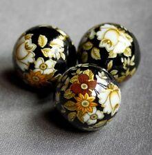 17mm japonés Tensha granos con Patrón Floral Negro - 4 piezas