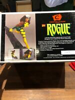 XMEN Rogue Limited Edition Statue #3059/3500 (Marvel/Creative License, 1996)