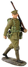 WWI British Soldier  marching William Britians 23066  54mm