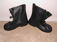 SERVUS RUBBER PVC OVERBOOTS SUPER FIT LARGE BOOTS read description