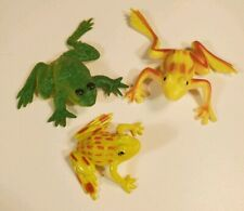 Mini Frog Miniature Lot Of 3 PVC Toy Green Yellow Toy