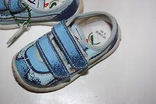 coole Naturino Sneaker so süß blau Gr. 20 Klettverschluß