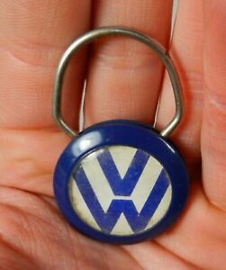 Vtg. 1960s 70s Volkswagen VW Emblem Advertising Keychain Fox Motors Hazleton PA