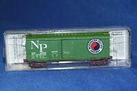 N Scale MTL Micro Trains 40' Standard Box Car Northern Pacific 22090