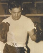 DICKIE DIVERONICA 8X10 PHOTO BOXING PICTURE DICK POSED