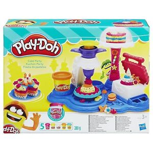 PLAY-DOH Cake Creative Bakeshop Party Playset