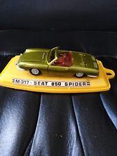 coche en miniatura ,, Seat 850 spider,,