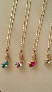 Necklace crystal shoe Pink