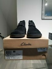 Clarks Mens Bushacre 2  Desert Boots Size US 9 Black Suede New in Box.